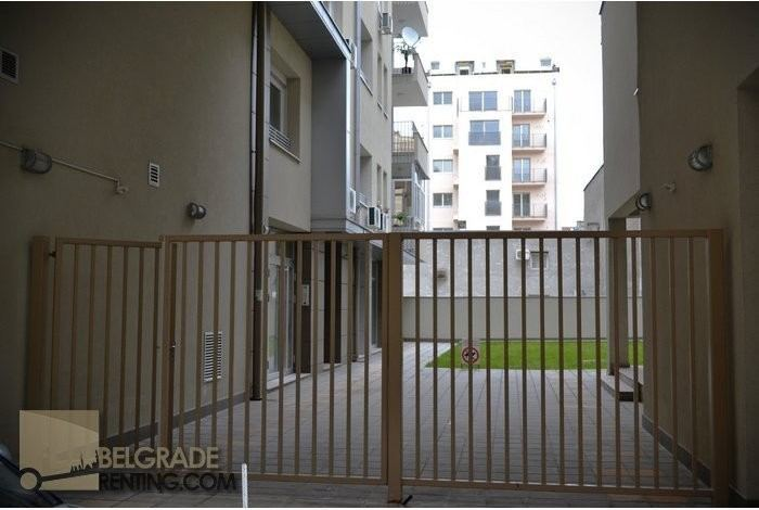 privite-parking-space-belgrade-cheap-flats-87.jpg_alt